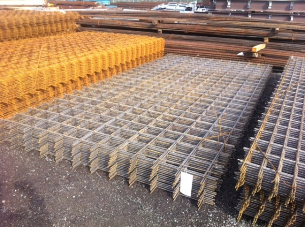 A252 Reinforcing Square Mesh 4 800 Mtrs Long 2 400 Mtrs Wide